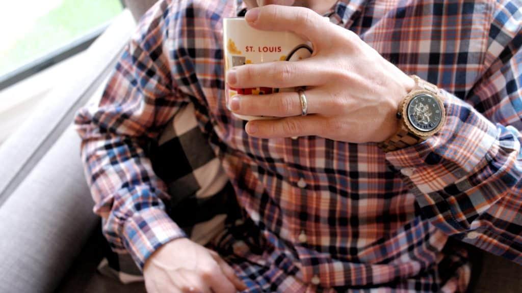 St. Louis Men's Watch www.arinsolangeathome.com