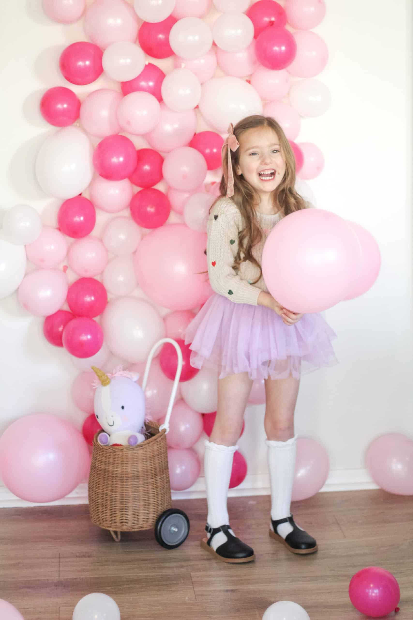 DIY Balloon Photo Wall