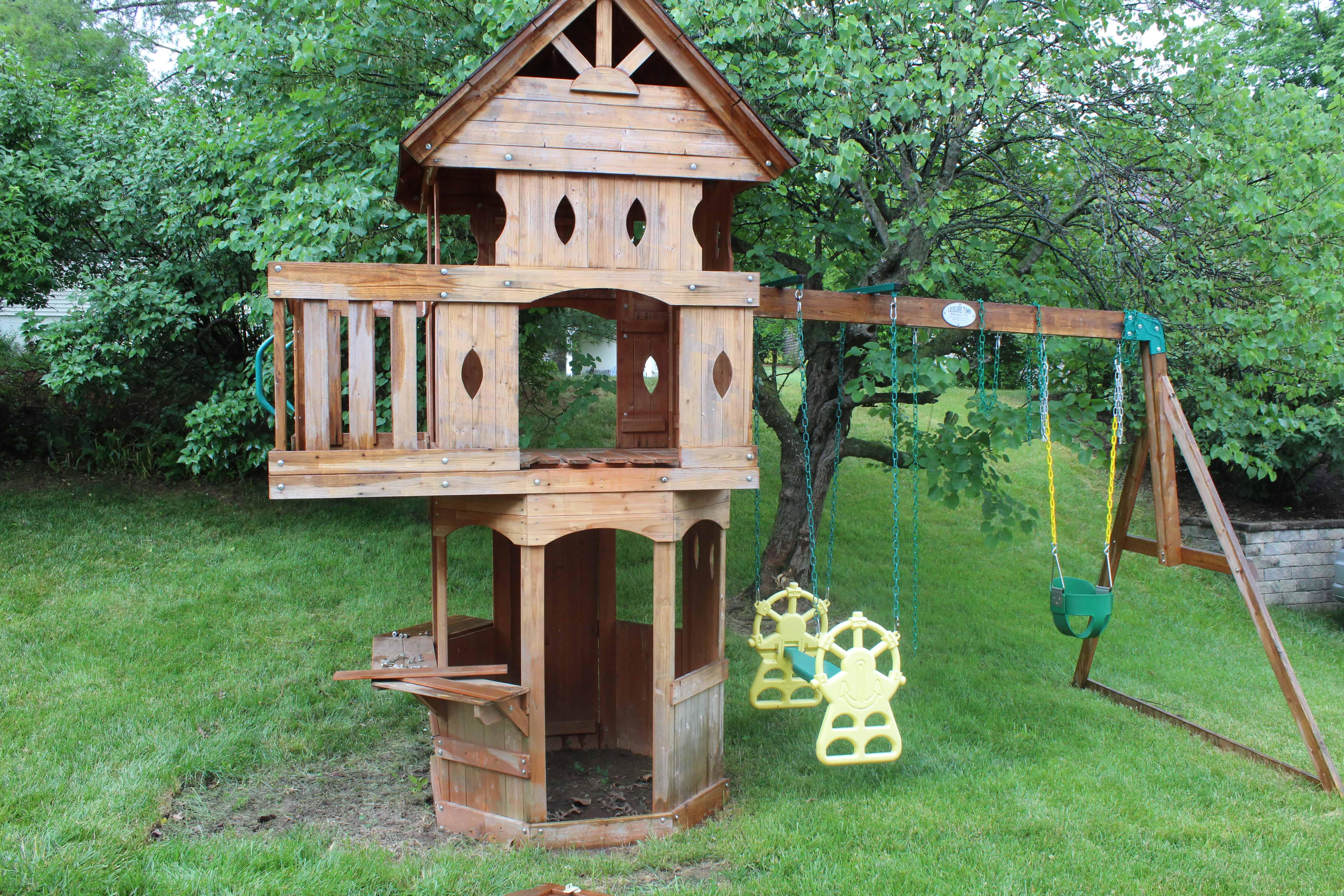 old wooden swingset | DIY Swingset Makeover