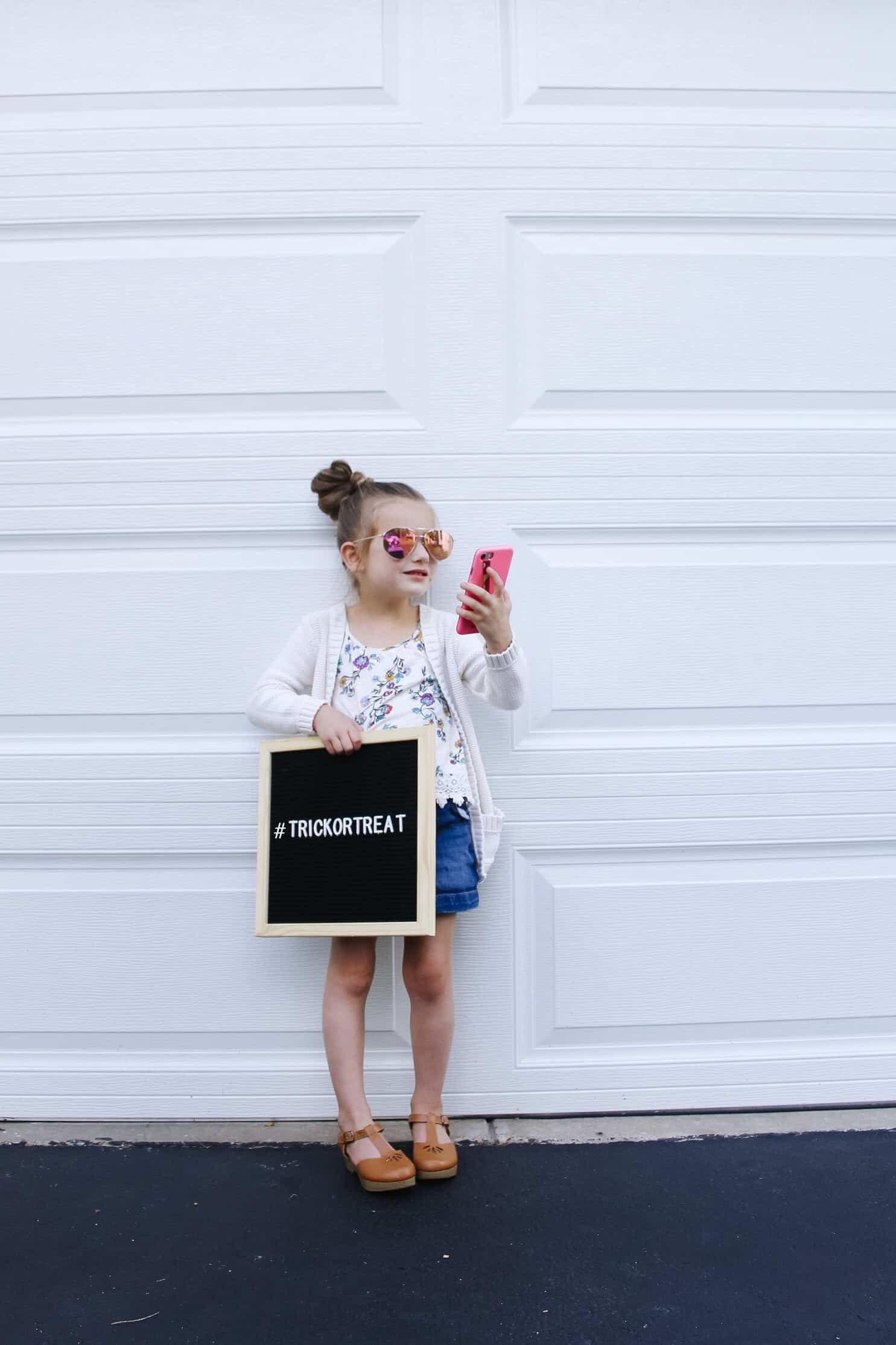 toddler blogger costume