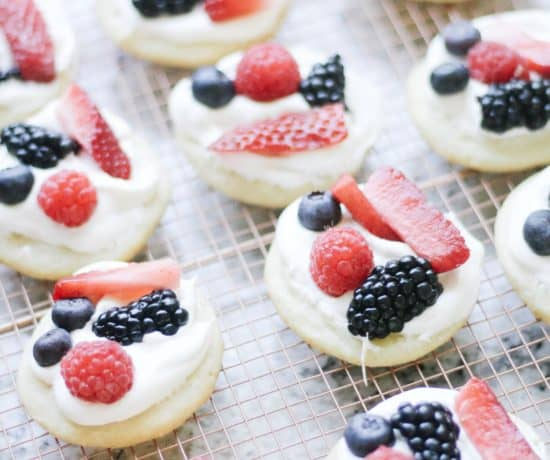 fruit pizza cookies on copper rack