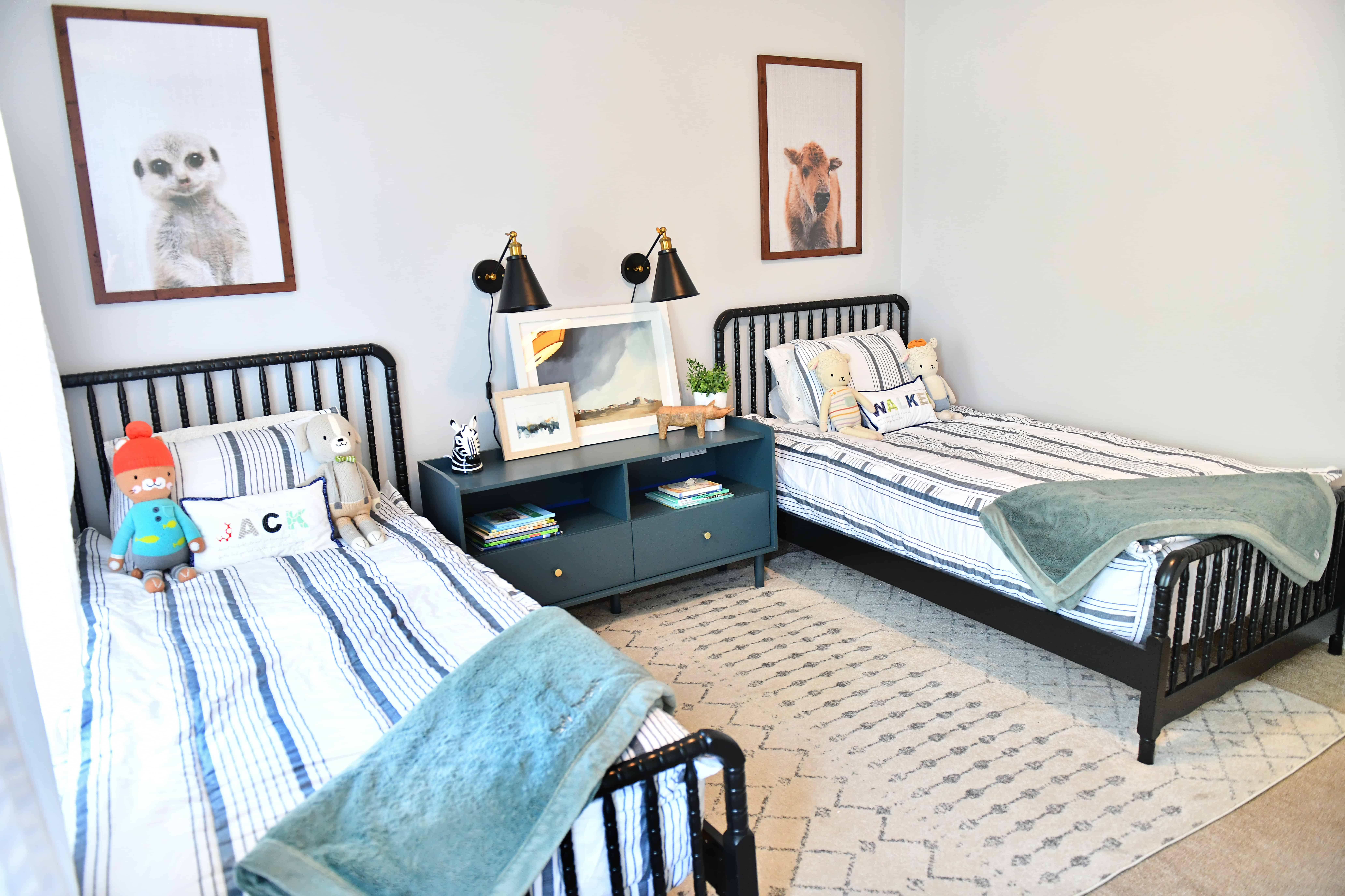 boys room with 2 black Jenny Lind beds