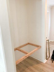 Floating bench support frame