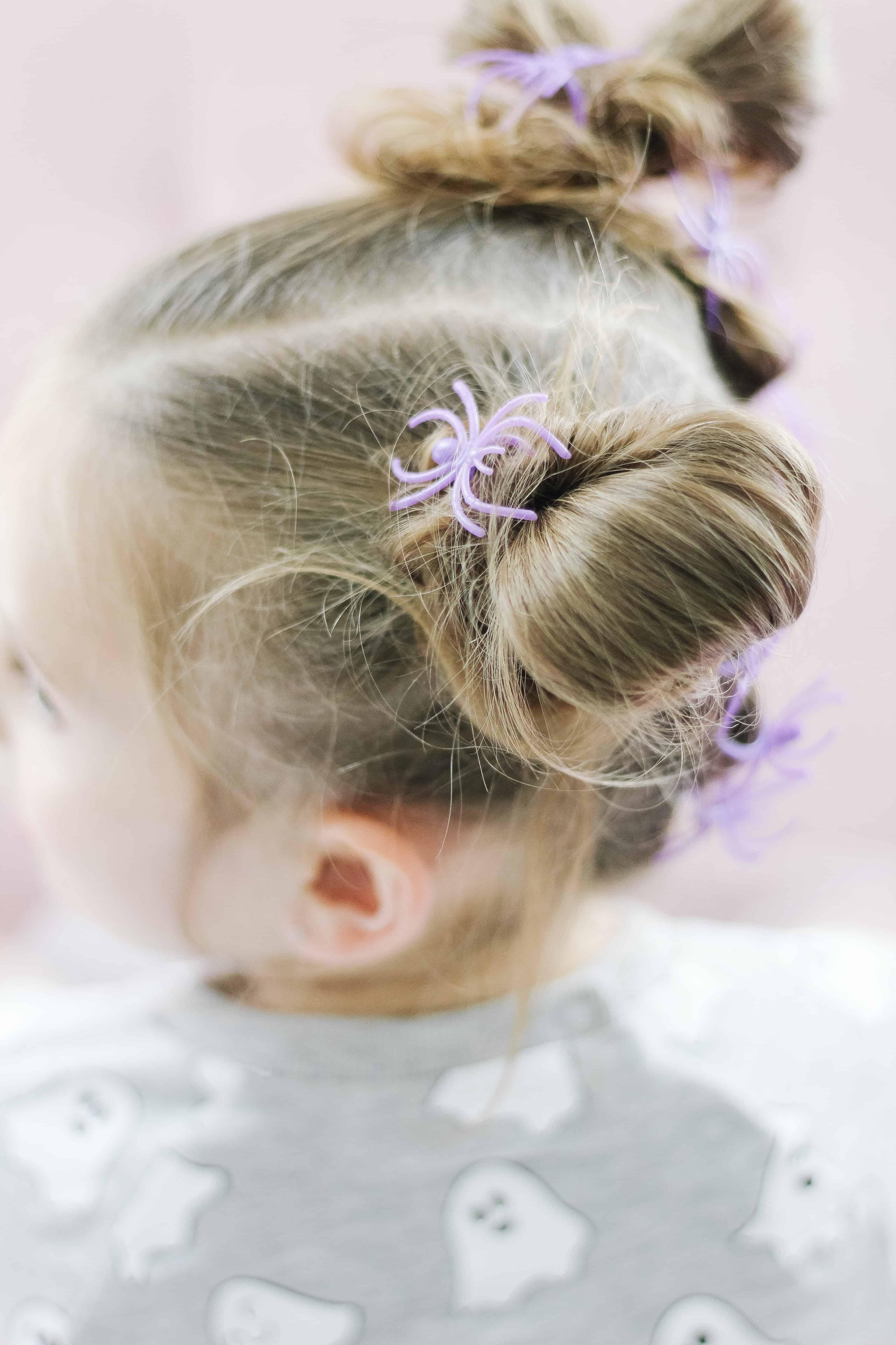 spider ring piggy bun hair