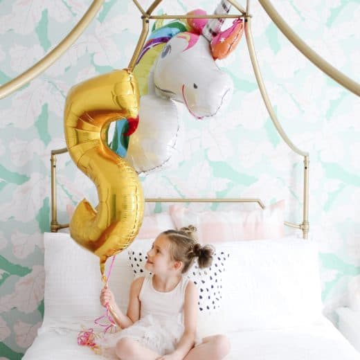 5 year old girl with balloon