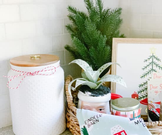 Christmas kitchen counter decor