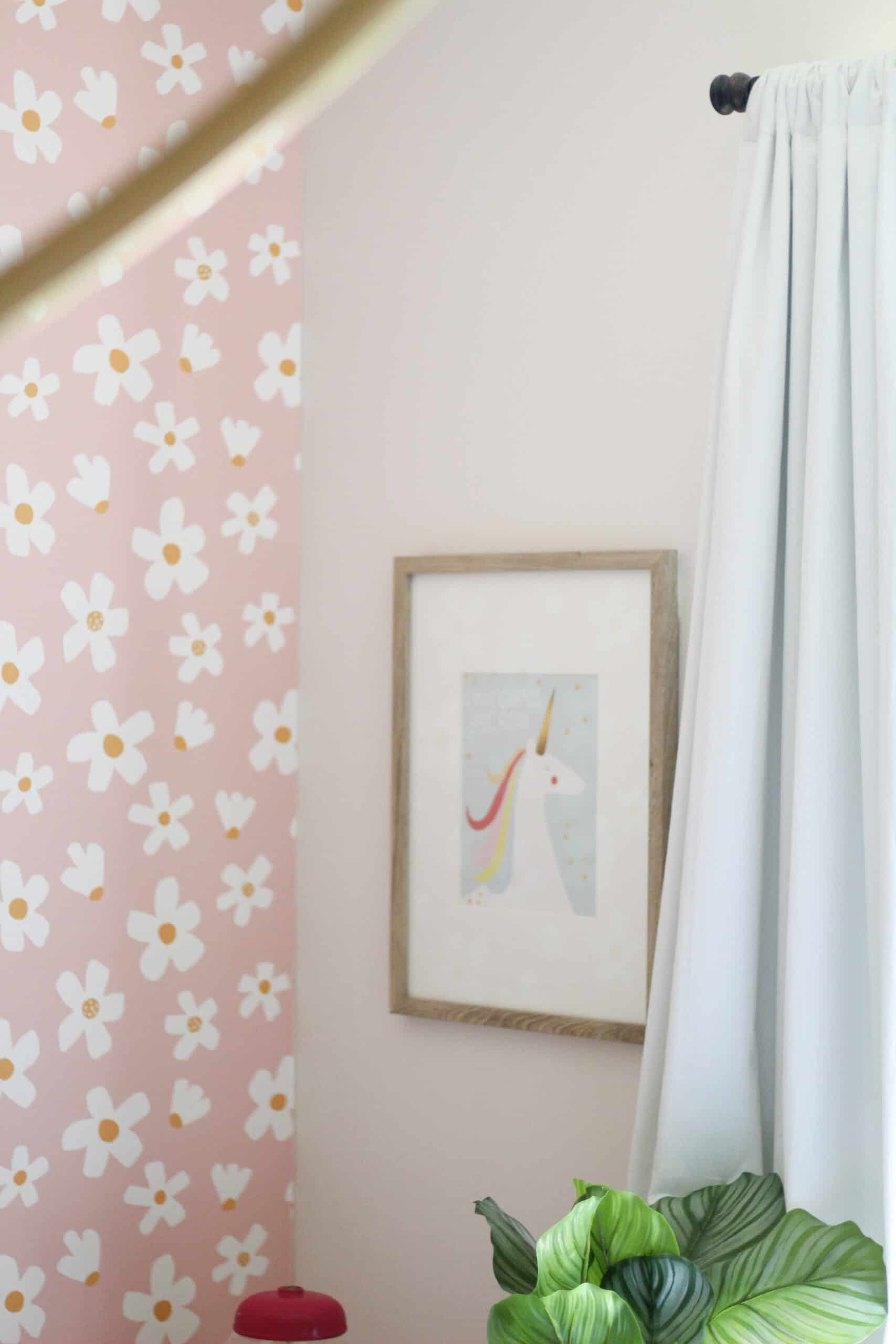 unicorn picture in kids room