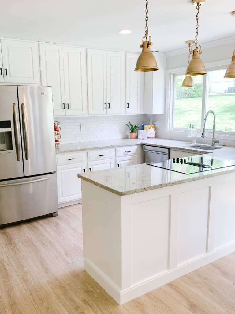 white kitchen with painted kitchen cabinets