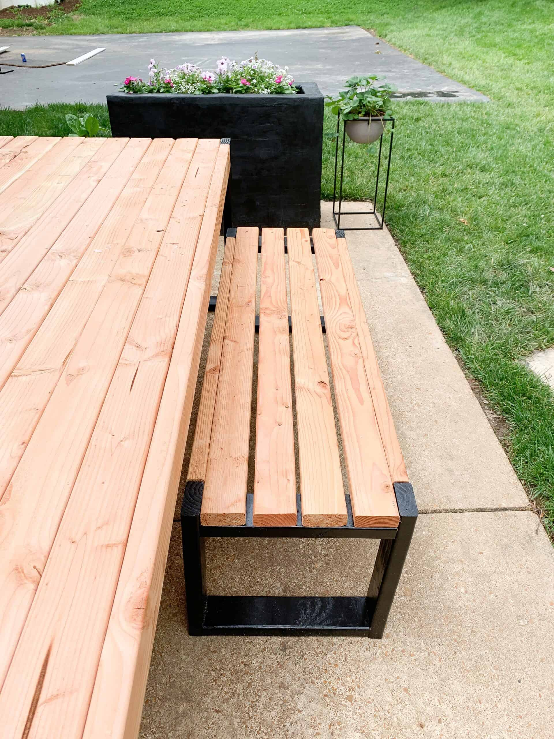 Diy outdoor modern bench and table