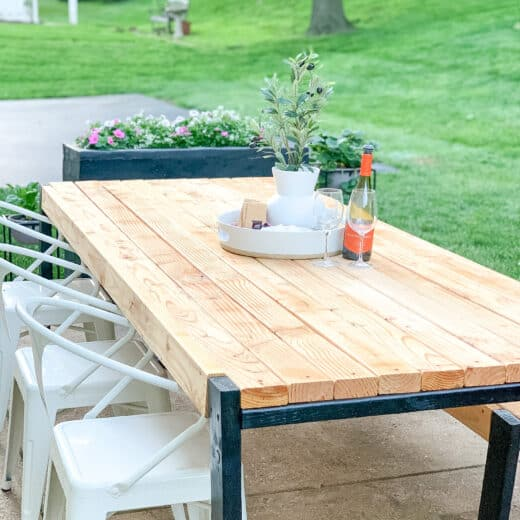 DIY patio Table with wine