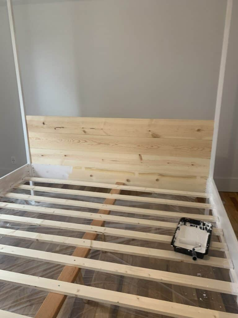 Attaching a headboard