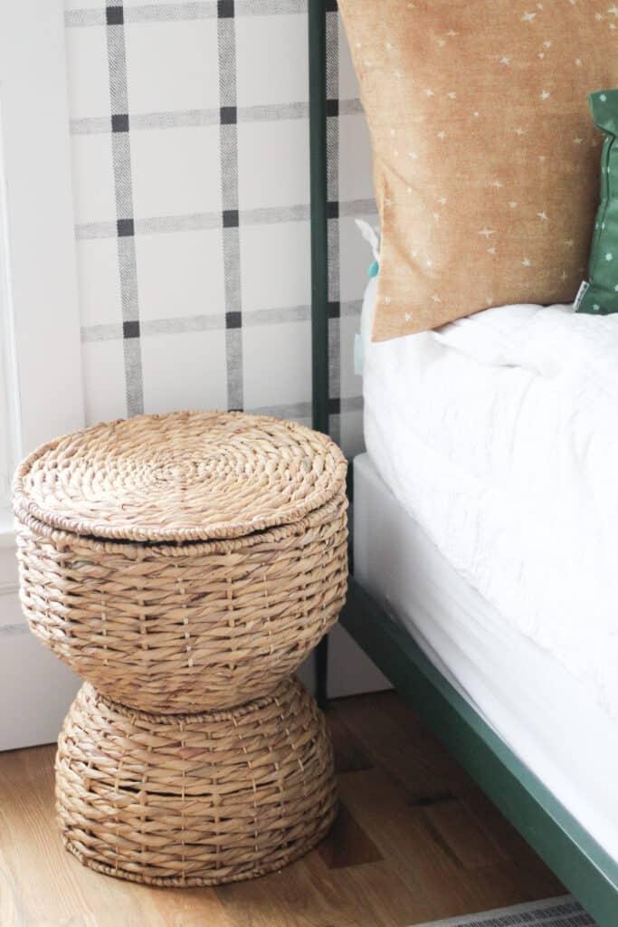 beddy's bedding in boys room