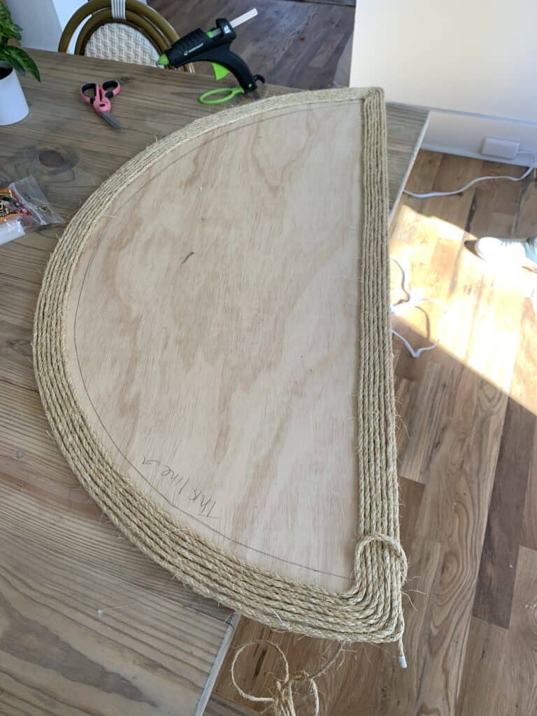 covering wood with sisal rope