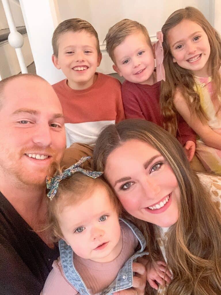 family photo family of 6