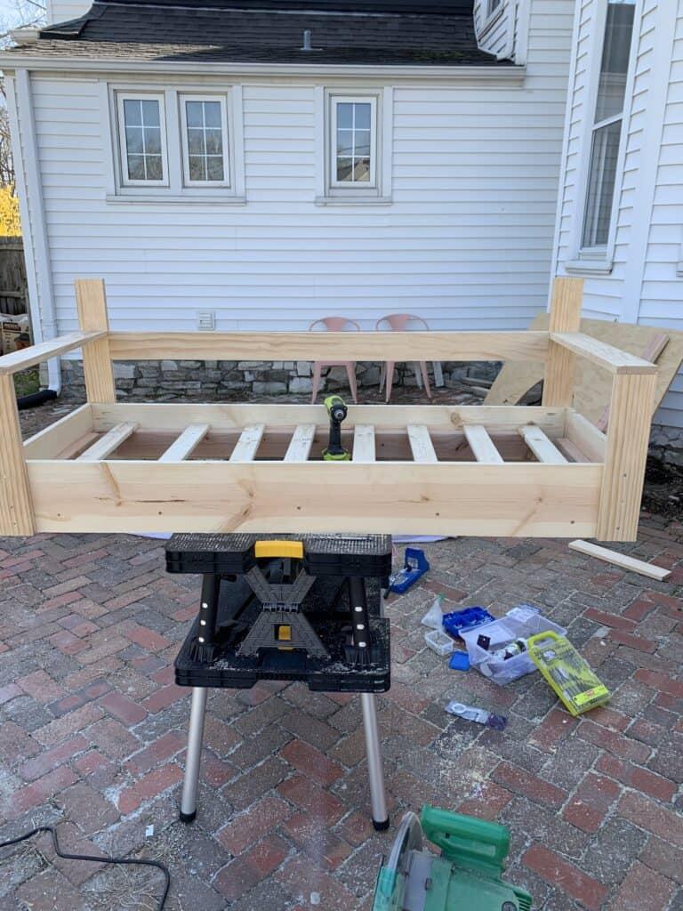 building a diy porch swing