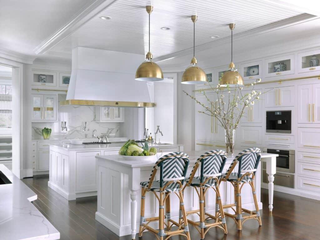 white kitchen cabinets backsplash ideas neutral
