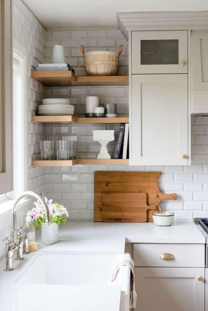 natural kitchen with corner shelves
