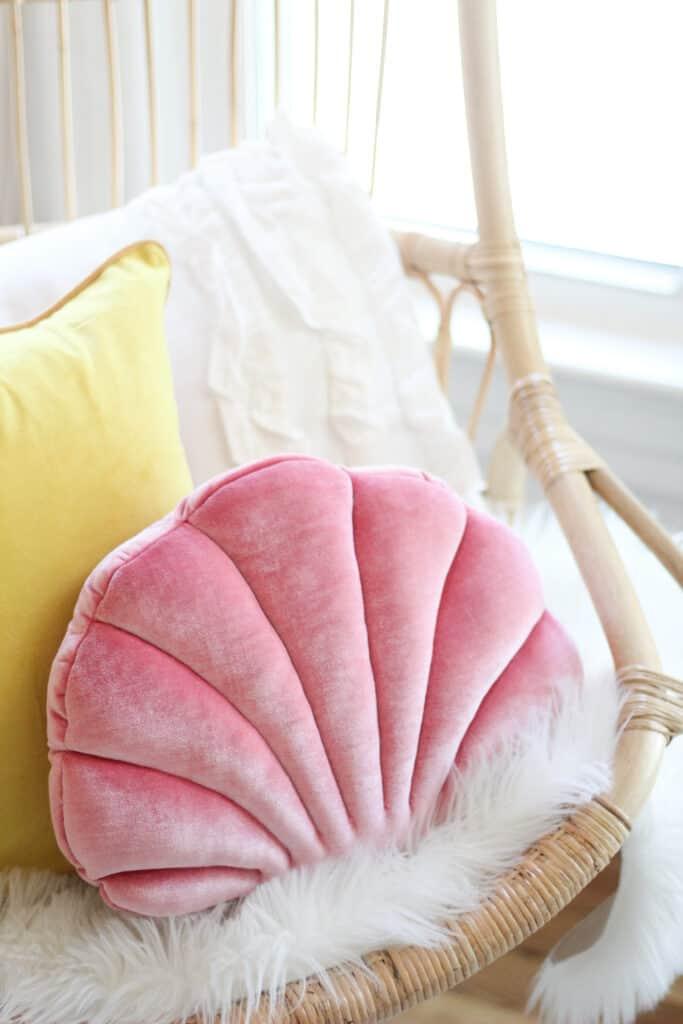 shell pillow