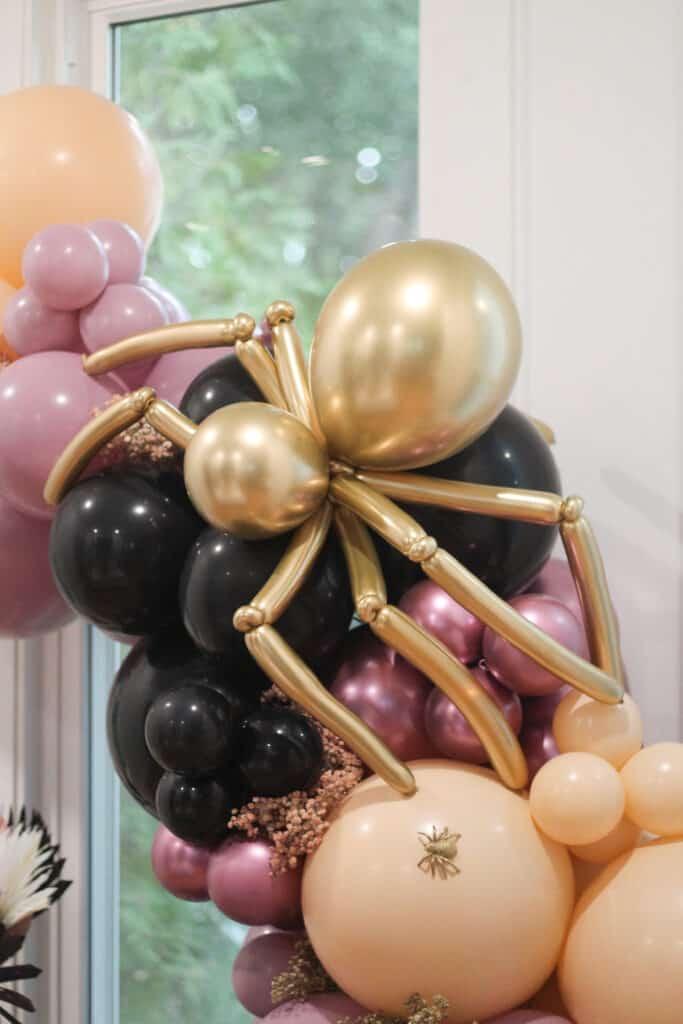 Large Gold Spider Balloon Garland